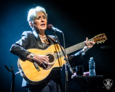 Joan Baez tar farväl med konserter under 2018
