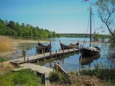 Vikingabåtar på Björkö