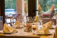 Testa en ny restaurang i Stockholm